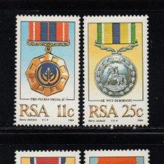 Sellos: SUDAFRICA 575/78** - AÑO 1984 - MEDALLAS Y CONDECORACIONES MILITARES. Lote 257322600