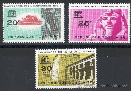 TOGO AÑO 1964 YV 409/11*** PROTECCIÓN DE LOS MONUMENTOS NÚBIOS - UNESCO - ARQUEOLOGÍA - ESCULTURA (Sellos - Extranjero - África - Otros paises)