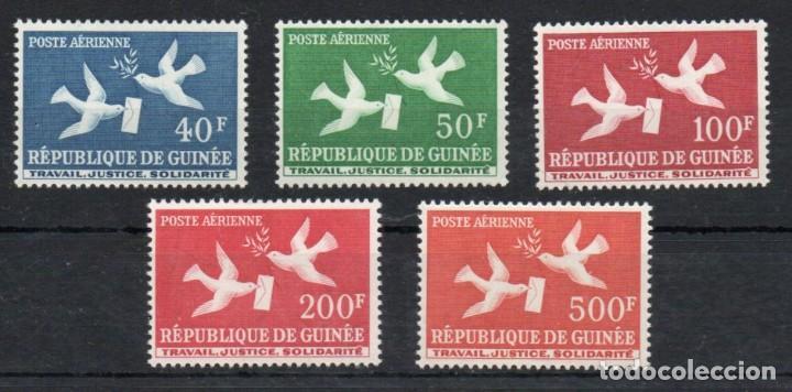 GUINEA AÑO 1959 YV A 4/8*** CORREO AEREO - PALOMAS - AVES (Sellos - Extranjero - África - Otros paises)