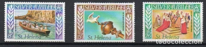 SANTA HELENA AÑO 1977 YV 297/99*** BODAS DE PLATA - BARCOS - REYES Y REINAS - PERSONAJES (Sellos - Extranjero - África - Otros paises)