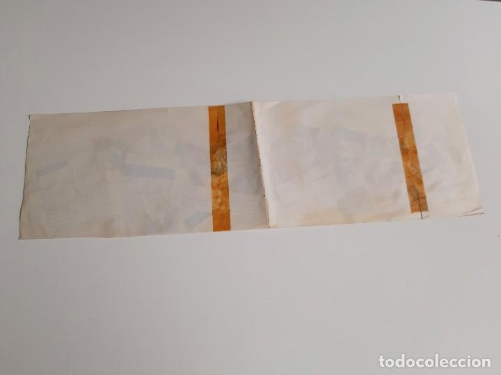 Sellos: HOJA RECTANGULAR CON 43 SELLOS STAMP APROX PEGADOS VARIOS DEL MUNDO - 50 X 15.CM APROX - Foto 7 - 188596466