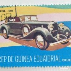 Sellos: SELLO DE GUINEA ECUATORIAL 2 E, 1977, COCHES ANTIGUOS, USADO SIN SEÑAL DE FIJASELLOS. Lote 255350090