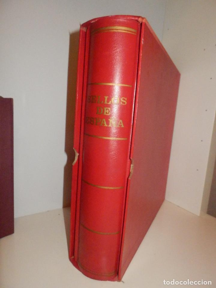 Sellos: Antiguo y gran album de sellos - Con Cajetín - 30 cm .x 30 cm. 6 cm. de grosor - - Foto 3 - 82093516