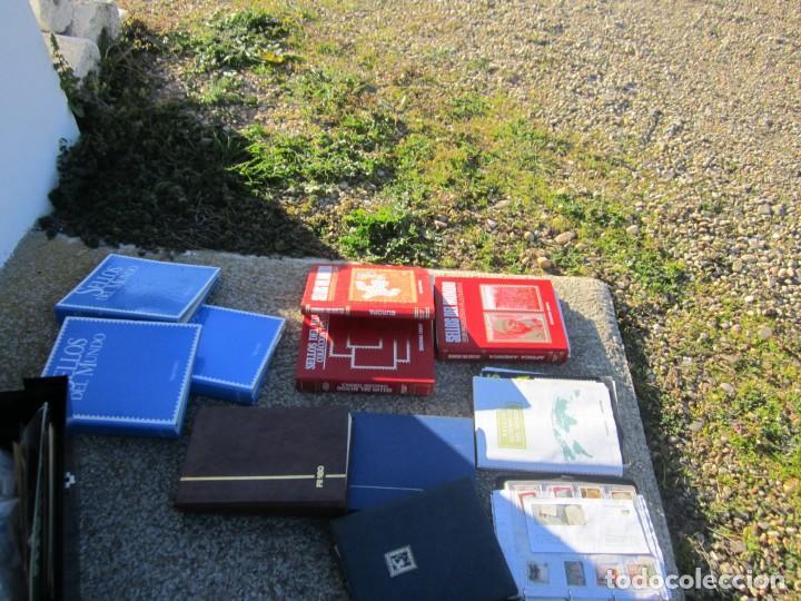 Sellos: Solo para valientes - Colección de sellos - lote álbumes - sueltos - carpetas - primer día - bolsas - Foto 3 - 146684950