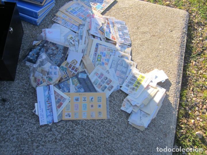 Sellos: Solo para valientes - Colección de sellos - lote álbumes - sueltos - carpetas - primer día - bolsas - Foto 14 - 146684950