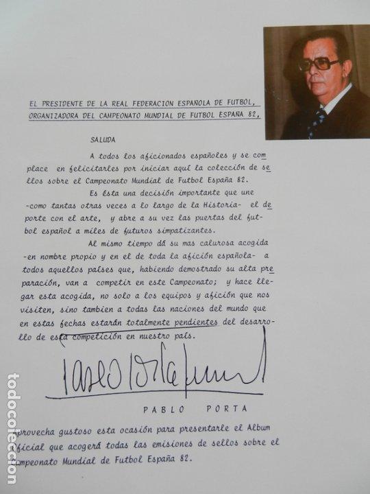 SELLOS SOBRE EL CAMPEONATO MUNDIAL DE FUTBOL ESPAÑA 82. (Sellos - Material Filatélico - Álbumes de Sellos)