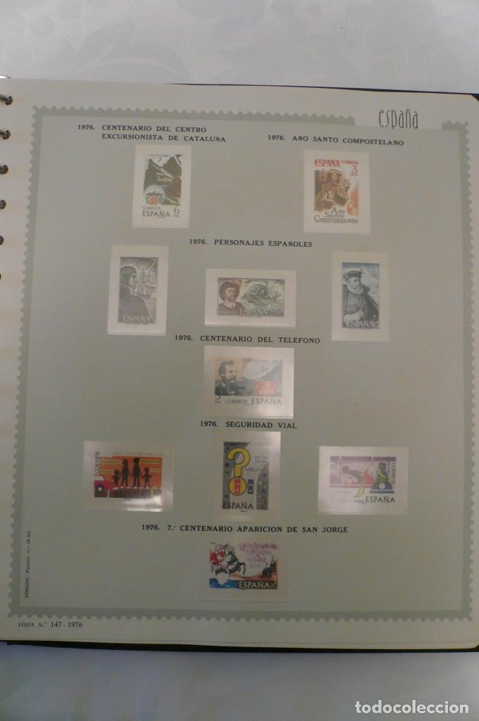 Sellos: 1 album de sellos españa año 1976--1983 montado vosgos 65 paginas en color lote 1 sin sellos - Foto 2 - 191597018