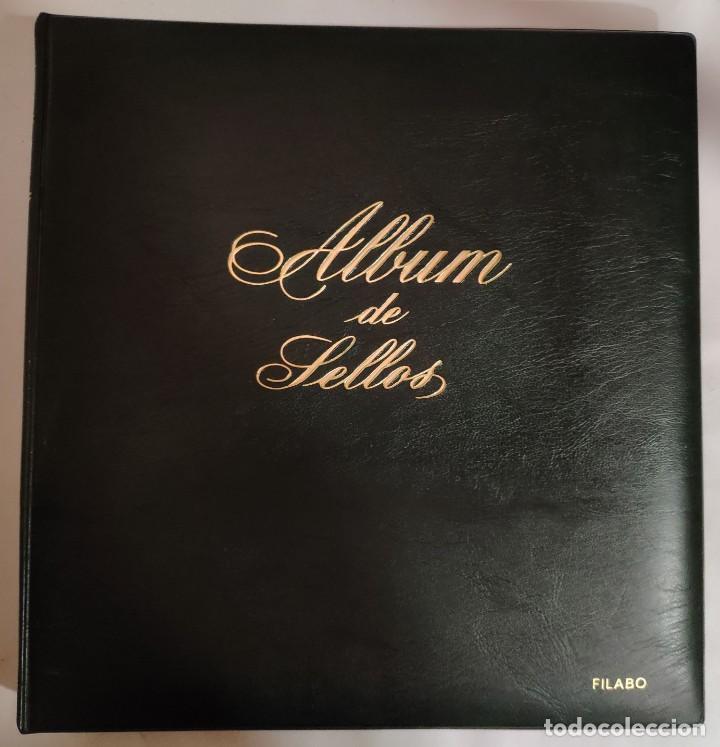 ÁLBUM DE SELLOS FILABO 15 ANILLAS CON ALGUN SELLO Y 30 HOJAS EN BLANCO (Sellos - Material Filatélico - Álbumes de Sellos)