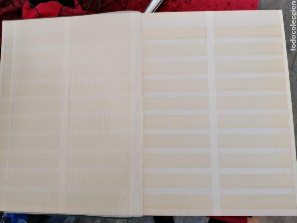 Sellos: Clasificador Sellos 16 hojas 32 páginas tamaño folio. Línea intermedia de separación - Foto 2 - 195008357