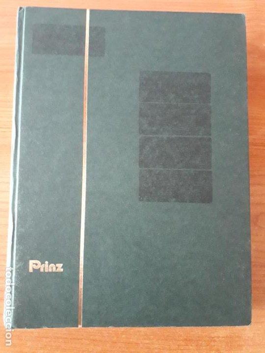 CLASIFICADOR 32 HOJAS 64 PAGINAS CARTULINA NEGRA TRANSPARENTE USADO BUENA CONSERVACION (Sellos - Material Filatélico - Álbumes de Sellos)