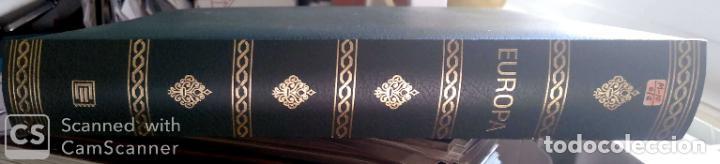 Sellos: Álbum Edifil semilujo de color verde, con título EUROPA + Hojas crema tema Europa 1993/94/95 montad - Foto 2 - 195359181