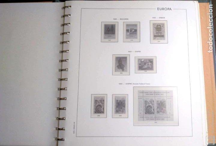 Sellos: Álbum Edifil semilujo de color verde, con título EUROPA + Hojas crema tema Europa 1993/94/95 montad - Foto 5 - 195359181