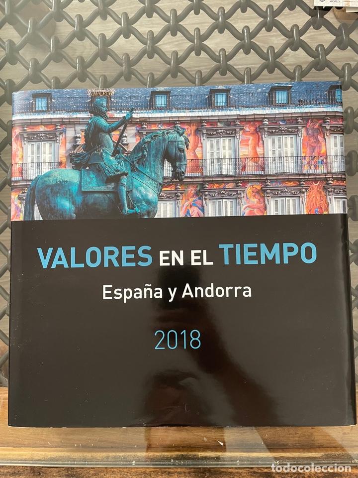 LIBRO SELLOS ESPAÑA 2018. VALORES EN EL TIEMPO (Sellos - Material Filatélico - Álbumes de Sellos)