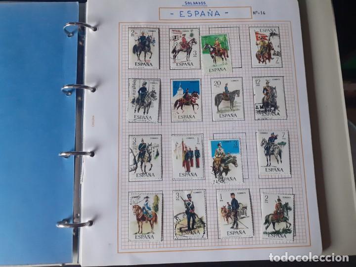 Sellos: album antiguo sellos anillas con 17 hojas vacias, los sellos se están despegando. - Foto 2 - 255603940
