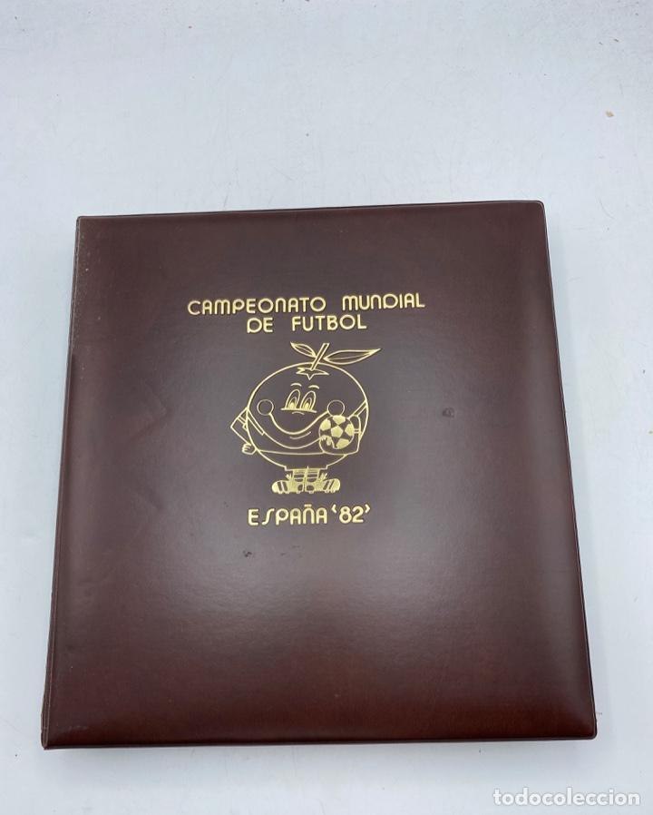 ALBUM DE SELLOS DEL CAMPEONATO MUNDIAL DE FUTBOL ESPAÑA 82. NUEVO. PERFECTO ESTADO. VACIO. VER (Sellos - Material Filatélico - Álbumes de Sellos)