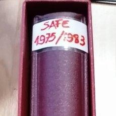 Francobolli: TAPA DE ÁLBUM DE SELLOS MARCA SAFE COLOR ROJO CON HOJAS DE ESPAÑA AÑOS 1975 AL 1983. Lote 288025553