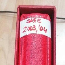 Sellos: TAPA DE ÁLBUM DE SELLOS MARCA SAFE COLOR ROJO CON HOJAS DE ESPAÑA AÑOS 2003 AL 2004. Lote 290021093