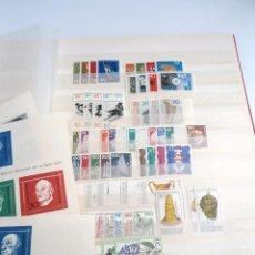 Sellos: ALEMANIA FEDERAL AÑO 1963-77 - 11 SERIES COMPLETAS + 3 HOJAS BLOQUE HB - SIN FIJASELLOS. Lote 197450998