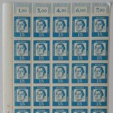 Sellos: BLOQUE DE 44 SELLOS ALEMANIA 1961 / MARTIN LUTHERO (REFORMADOR). Lote 238010395