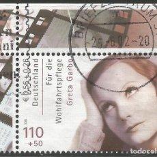 Sellos: ALEMANIA - 2001 - GRETA GARBO - BIENESTAR - USADO - ESQUINA SUPERIOR IZQUIERDA CON BORDE - MI: 2221. Lote 261973495
