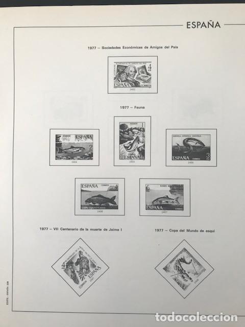 Sellos: Hojas Edifil España año 1977 montadas con filoestuches negros HE70 VER IMAGENES - Foto 3 - 212072346