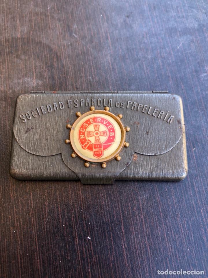 RARA CARTERITA METÁLICA PORTA-SELLOS, FECHADO EN 1909 (Sellos - España - Alfonso XIII de 1.886 a 1.931 - Nuevos)