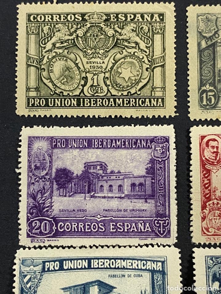Sellos: ESPAÑA, 1930. EDIFIL 566/82. SERIE COMPLETA. NUEVOS. CON CHARNELA. - Foto 2 - 264131365