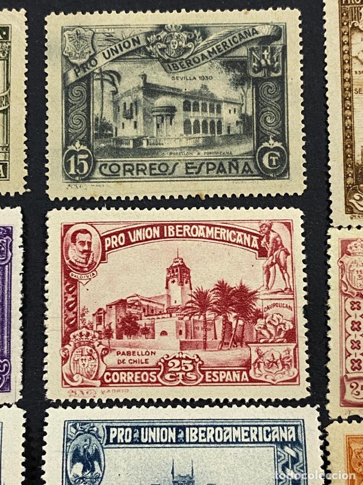 Sellos: ESPAÑA, 1930. EDIFIL 566/82. SERIE COMPLETA. NUEVOS. CON CHARNELA. - Foto 3 - 264131365