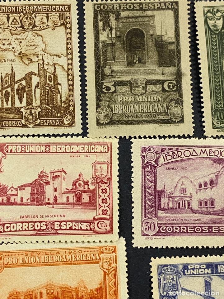 Sellos: ESPAÑA, 1930. EDIFIL 566/82. SERIE COMPLETA. NUEVOS. CON CHARNELA. - Foto 5 - 264131365