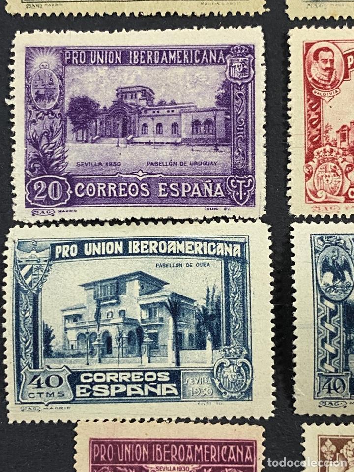Sellos: ESPAÑA, 1930. EDIFIL 566/82. SERIE COMPLETA. NUEVOS. CON CHARNELA. - Foto 7 - 264131365