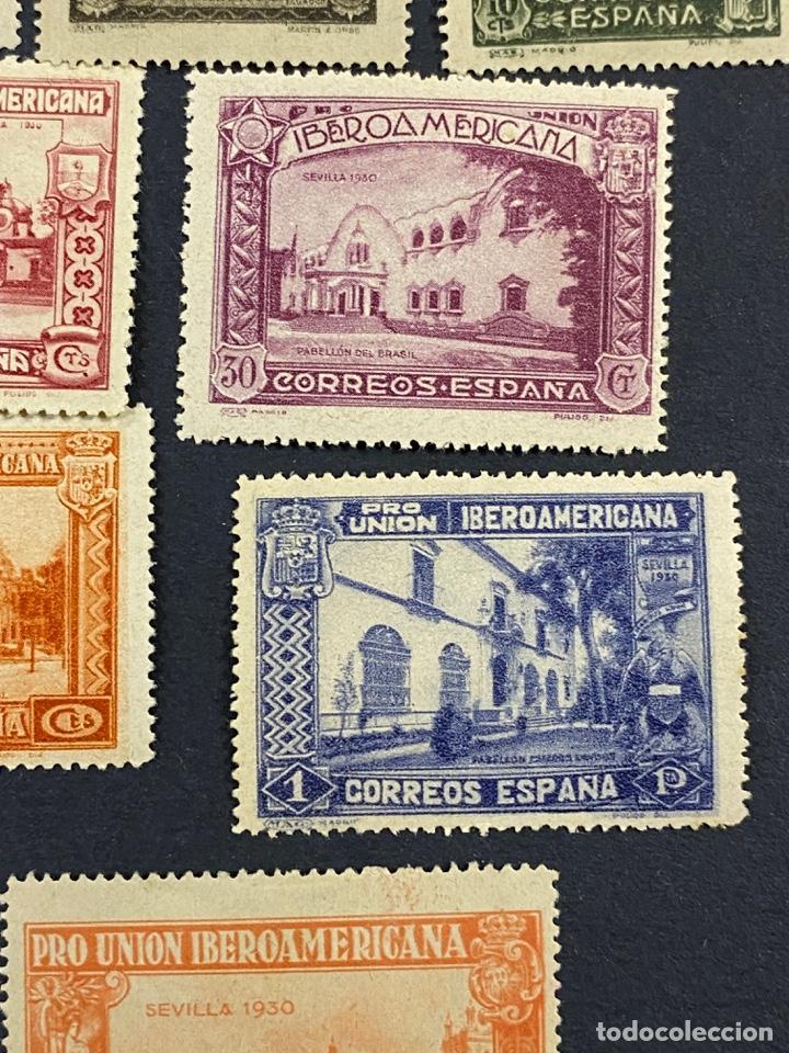 Sellos: ESPAÑA, 1930. EDIFIL 566/82. SERIE COMPLETA. NUEVOS. CON CHARNELA. - Foto 10 - 264131365