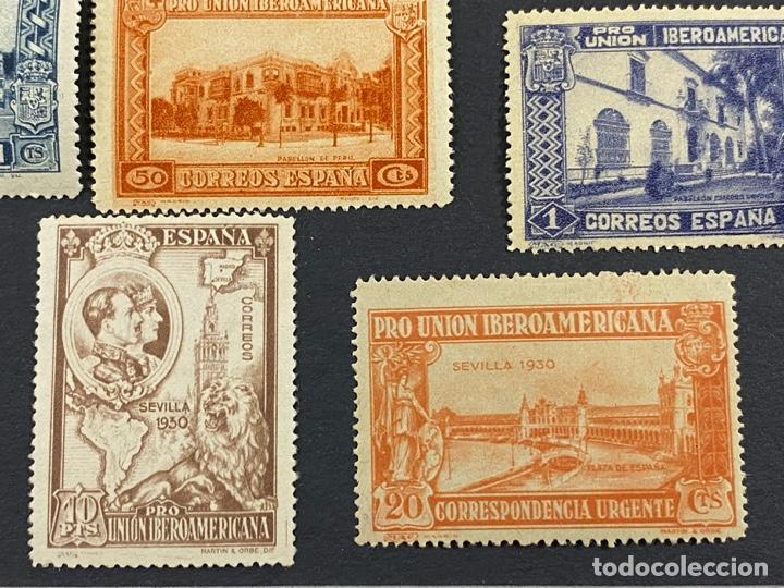 Sellos: ESPAÑA, 1930. EDIFIL 566/82. SERIE COMPLETA. NUEVOS. CON CHARNELA. - Foto 12 - 264131365