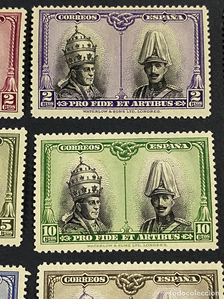 Sellos: ESPAÑA, 1928. EDIFIL 402/33. PRO CATACUMBAS. 32 VALORES. NUEVO. CON FIJASELLOS. VER FOTOS - Foto 14 - 265414714