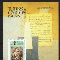 Francobolli: PICASSO / TURKS & CAICOS 1981 - HB CHICA CON MANDOLINA - HOJA NUEVA **. Lote 213850197