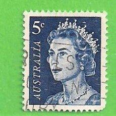 Sellos: AUSTRALIA - MICHEL 391A - YVERT 323 - ISABEL II. (1967).. Lote 210000441