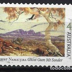 Sellos: AUSTRALIA 2002 - CENTENARIO NACIMIENTO PINTOR ALBERT NAMATJIRA, MONTE SONDER - USADO ADHESIVO. Lote 211793395