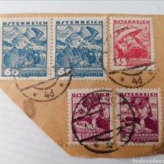 Sellos: AUSTRIA. 5 SELLOS PEGADOS A TROZO DE CARTA. MATASELLOS 1938. Lote 252535335