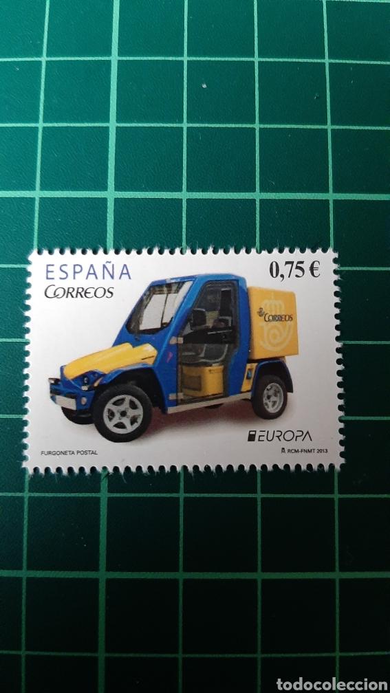 2013 ESPAÑA AUTOMÓVILES FURGONETA POSTAL EUROPA EDIFIL 4791 NUEVA O USADA SOLICITA COLISEVM (Sellos - Temáticas - Automóviles)