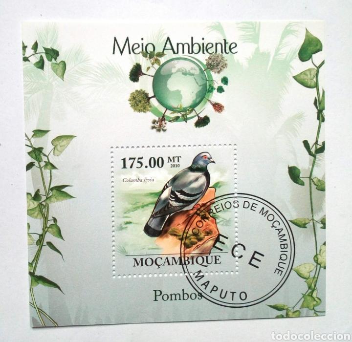 PALOMAS HOJA BLOQUE DE SELLOS USADOS DE MOZAMBIQUE (Sellos - Temáticas - Aves)