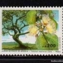 Sellos: BRASIL 1716** - AÑO 1985 - FLORA - JARDIN BOTANICO DE BRASIILIA. Lote 165266541