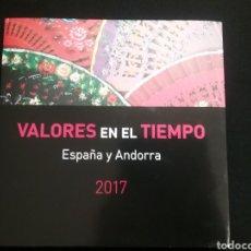 Sellos: LIBRO VALORES EN EL TIEMPO DE CORREOS 2017 SIN SELLOS. Lote 215204015