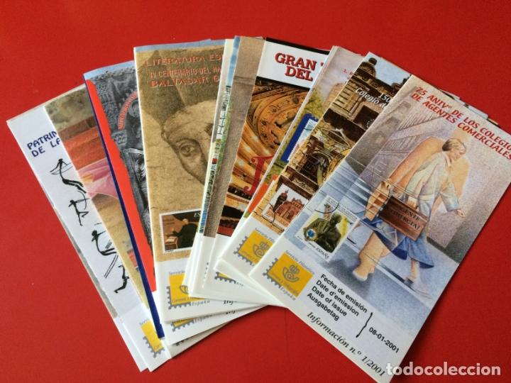 AÑO 2001----- 40 FOLLETOS INFORMATIVOS SERVICIO FILATELICO CORREOS (Filatelia - Sellos - Catálogos y Libros)