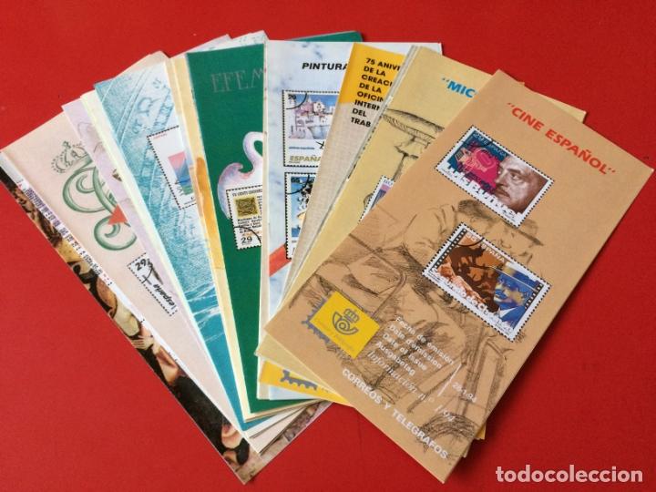 AÑO 1994---- 21 FOLLETOS INFORMATIVOS SERVICIO FILATELICO CORREOS (Filatelia - Sellos - Catálogos y Libros)