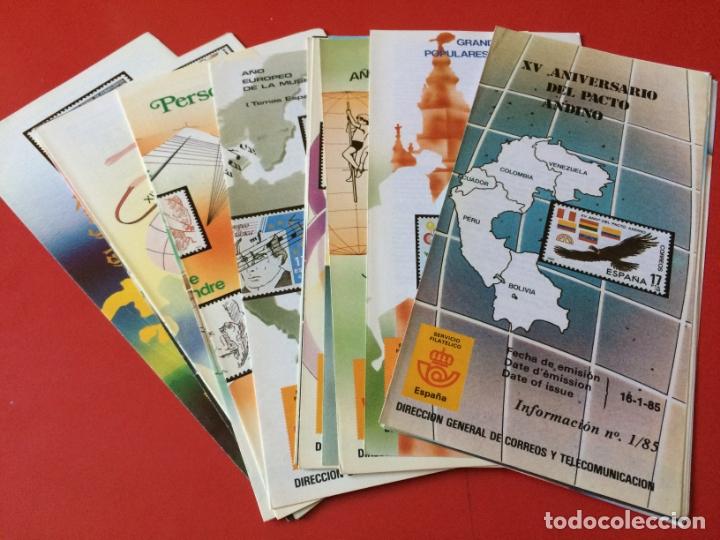 AÑO 1985---- 22 FOLLETOS INFORMATIVOS SERVICIO FILATELICO CORREOS (Filatelia - Sellos - Catálogos y Libros)