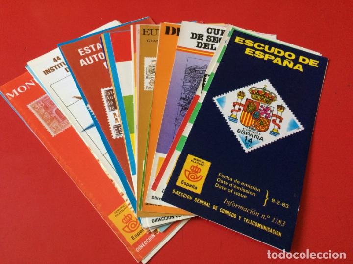 AÑO 1983---- 23 FOLLETOS INFORMATIVOS SERVICIO FILATELICO CORREOS (Filatelia - Sellos - Catálogos y Libros)
