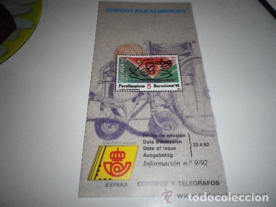 FOLLETO EXPLICATIVO JUEGOS PARALÍMPICOS 1992 (Filatelia - Sellos - Catálogos y Libros)