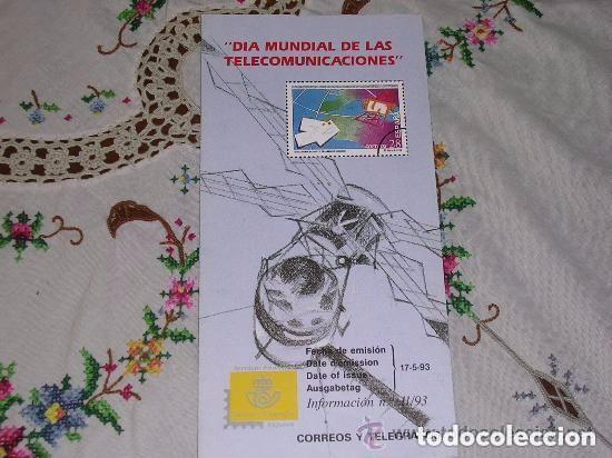 FOLLETO EXPLICATIVO 11/93 DIA MUNDIAL DE LAS TELECOMUNICACIONES (Filatelia - Sellos - Catálogos y Libros)