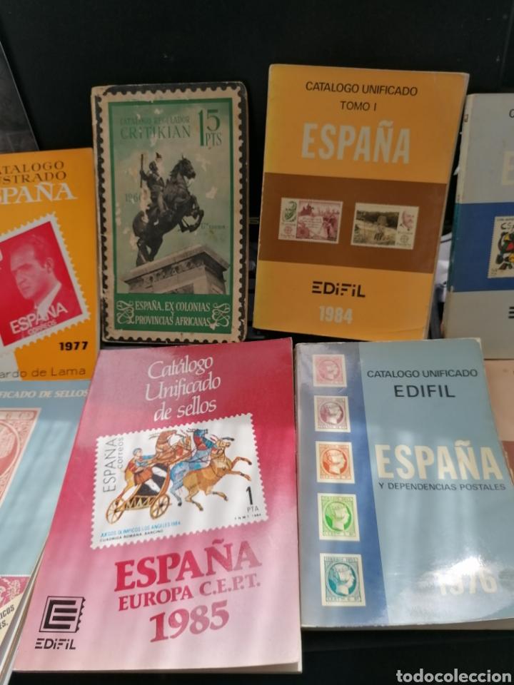 Sellos: Lote catálogos sellos 8 catálogos, una revista, destaca catálogo Critikian 1960 - Foto 3 - 200240732