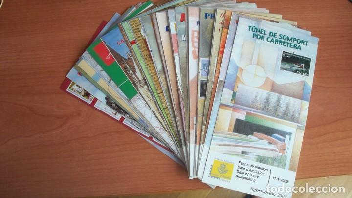 DIPTICOS INFORMATIVOS SERVICIO FILATELICO DE CORREOS AÑO 2003 (Filatelia - Sellos - Catálogos y Libros)