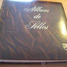 Sellos: ALBUM COLECCION COMPLETA JUAN CARLOS I(DESDE CORONACION HASTA 1982).INCLUYE TARJETAS ENTERO PORTALES. Lote 26753040